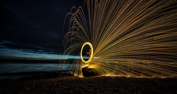 Tay Fire Wheel Canvas print by Fraser Hetherington