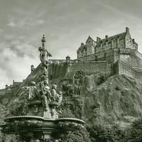 Buy canvas prints of Edinburgh Castle by Fraser Hetherington