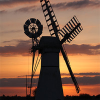 Buy canvas prints of Thurne Mill by Ian Shadlock