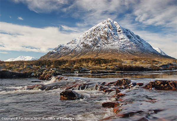 Buchaille Etive Mhor Framed Mounted Print by Pat Speirs