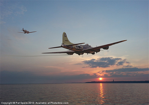 B17 - Westward Ho! Canvas print by Pat Speirs