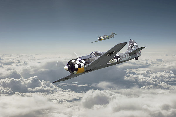 Luftwaffe - FW190 Canvas print by Pat Speirs
