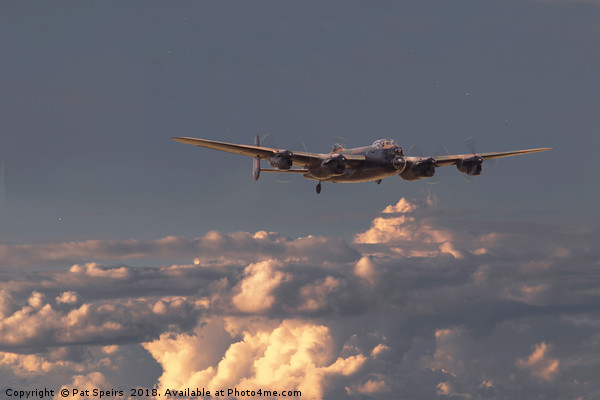 Lancaster- Pathfinder - 'On track, on time' Canvas print by Pat Speirs