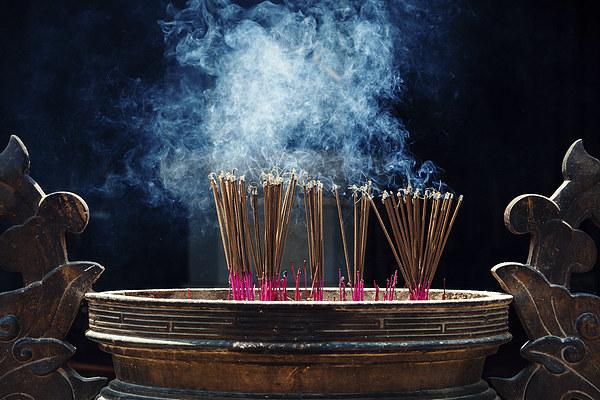 Incense sticks Canvas Print by Sam Burton