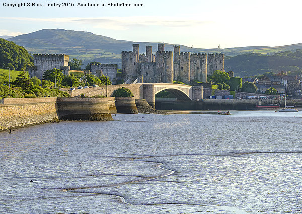 Conwy Castle Canvas print by Rick Lindley