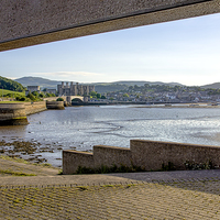 Buy canvas prints of Conwy Castle by Rick Lindley