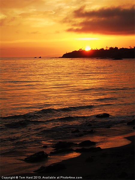 Laguna Sunset Canvas print by Tom Hard