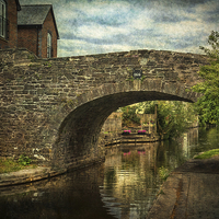 Buy canvas prints of  Canal Bridge In Brecon by Ian Lewis