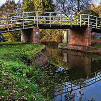 Buy canvas prints of Station Road Footbridge Hungerford by Ian Lewis