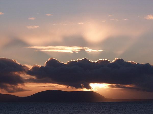 Skye Sunset Canvas print by Jennifer Watson