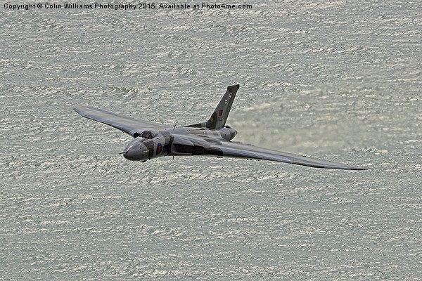 Vulcan XH558 from Beachy Head 6 Canvas print by Colin Williams Photography