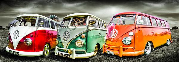 VW camper van trio Canvas print by Ian Hufton