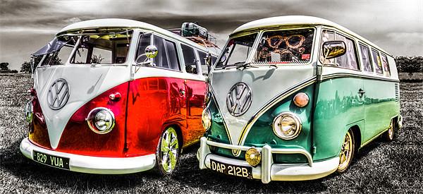VW camper van duo Canvas print by Ian Hufton