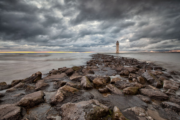 LIGHTHOUSE ( Perch Rock ) Canvas print by raymond mcbride