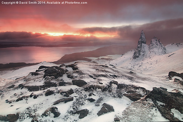 Sunrise at the old man of Storr Canvas Print by David Smith