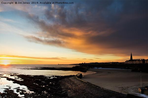 Daybreak over Cullercoats Bay Canvas print by Jim Jones