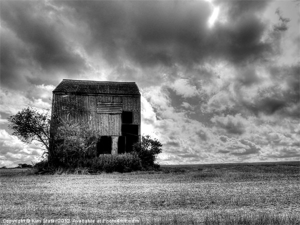 Derelict Barn Canvas print by Kim Slater