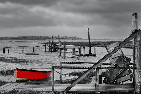 The red rowing boat! Canvas print by Gary Pearson