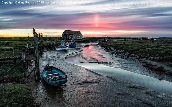 Thornham quay sunset Framed Mounted Print by Gary Pearson