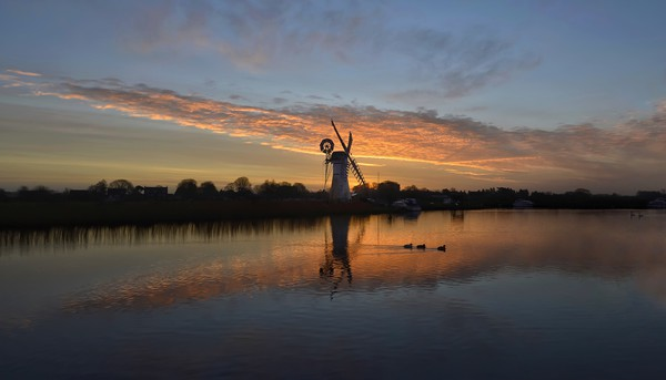 Thurne mill sunrise  Framed Mounted Print by Gary Pearson