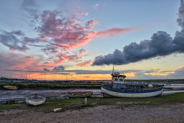 Sunset over the Staithe  Canvas print by Gary Pearson