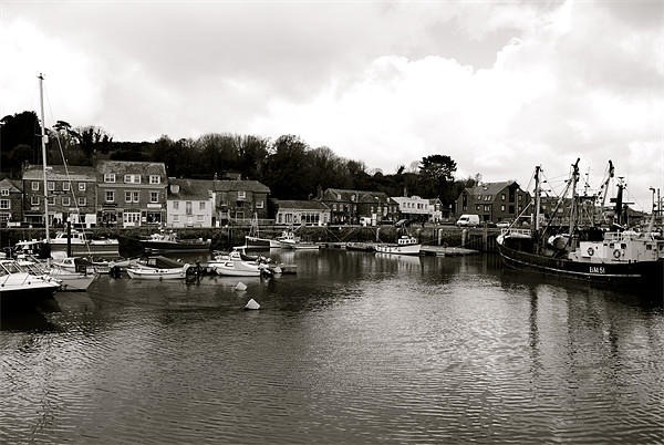 Padstow Harbour Canvas print by barnabas whiting