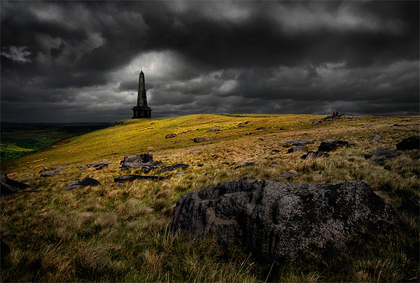 Stoodley pike Canvas print by Robert Fielding