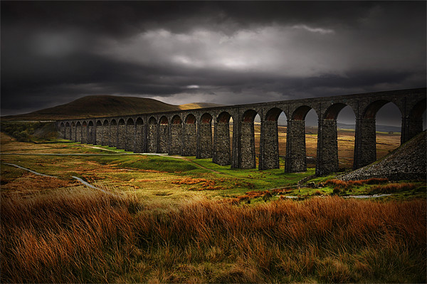Ribblehead viaduct Canvas print by Robert Fielding