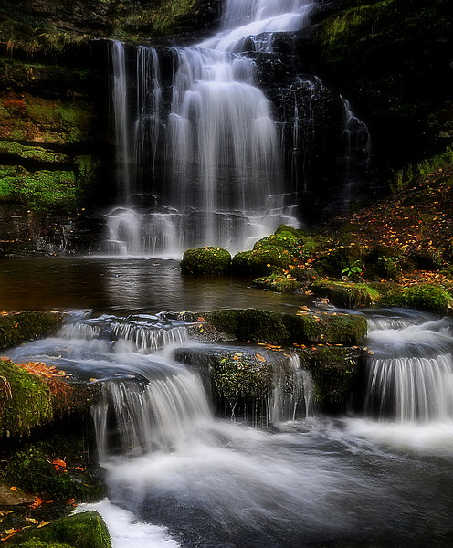Scaleber force waterfalls  Canvas print by Robert Fielding