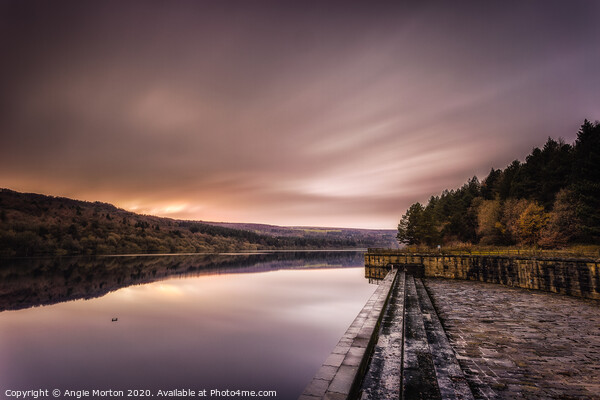 Fading Light at Broomhead Reservoir Canvas Print by Angie Morton