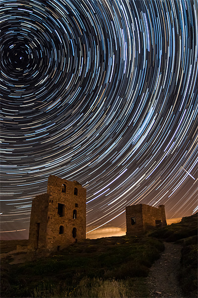Perseids Over Wheal Coates Canvas print by Jonathan Swetnam