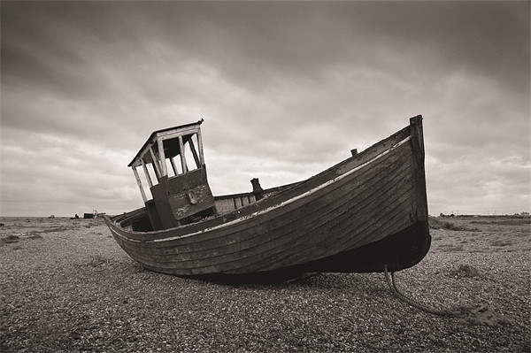 Dungeness Boat Canvas print by Rob Laker