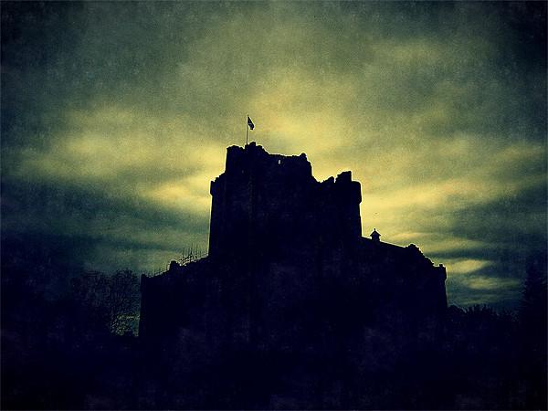 doune castle Canvas print by dale rys (LP)