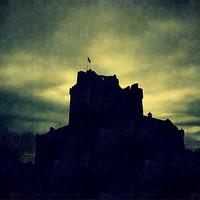 Buy canvas prints of doune castle by dale rys (LP)