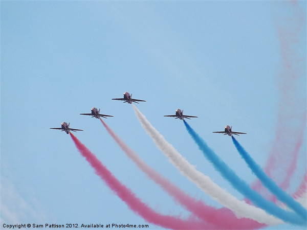 5 Red Arrows Canvas print by Sam Pattison