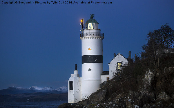 Cloch Lighthouse Gourock Canvas print by Scotland In Pictures by Tylie Duff