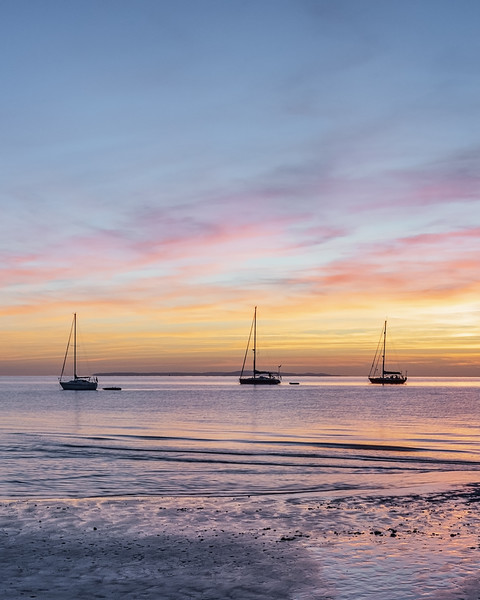 Isle of Wight Sunset Canvas print by Graham Custance