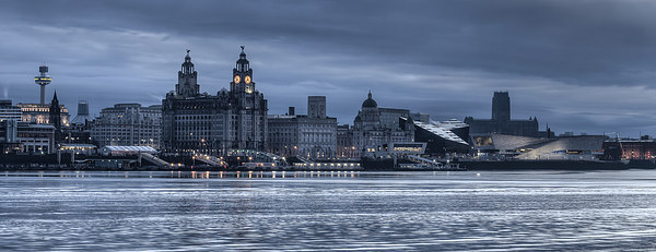 Moody Liverpool skyline Canvas Print by Paul Farrell Photography