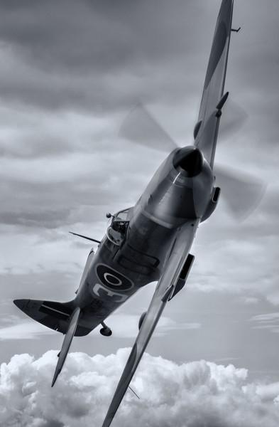 BBMF Spitfire Canvas print by Jason Green