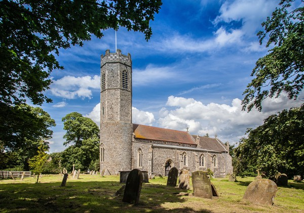 Rollesby Church Canvas print by David Woodcock
