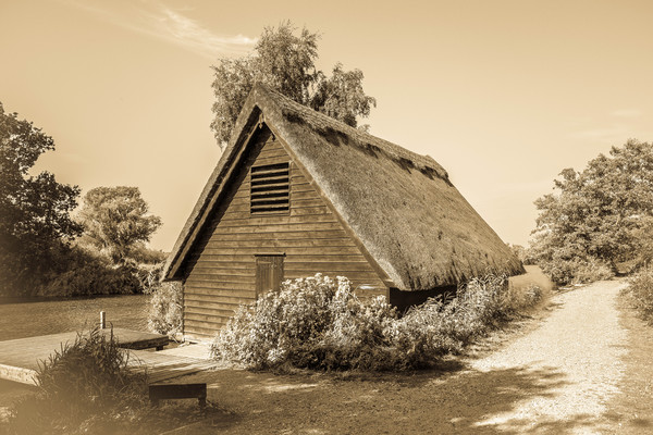 Norfolk Broads, Thatched Boathouse Canvas print by David Woodcock