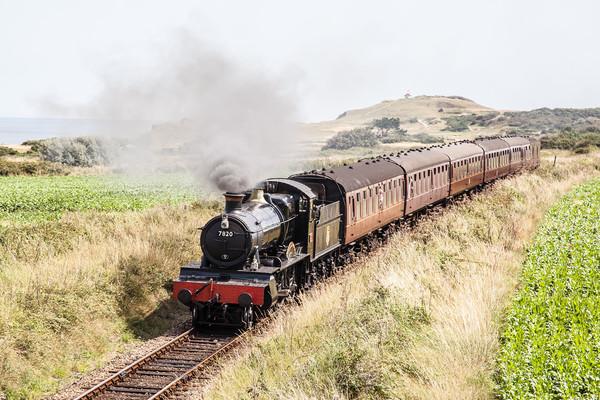 GWR 7800 Class 7820 Dinmore Manor, Steam Train Canvas print by David Woodcock
