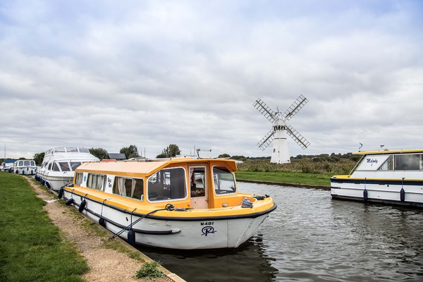 Thurne Windpump Canvas print by David Woodcock