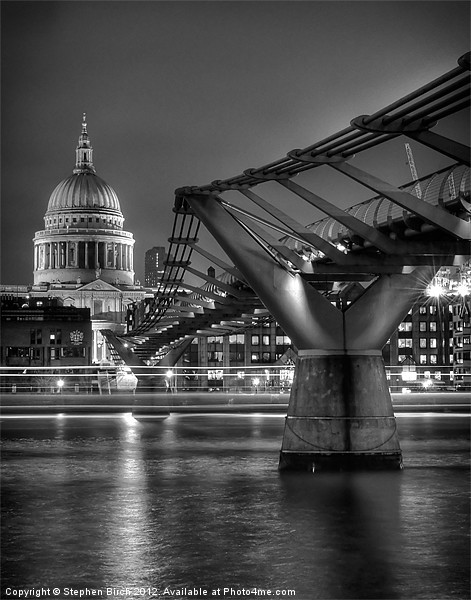 St Paul''s Cathedral and the Millenium Briddge Canvas print by Stephen Birch