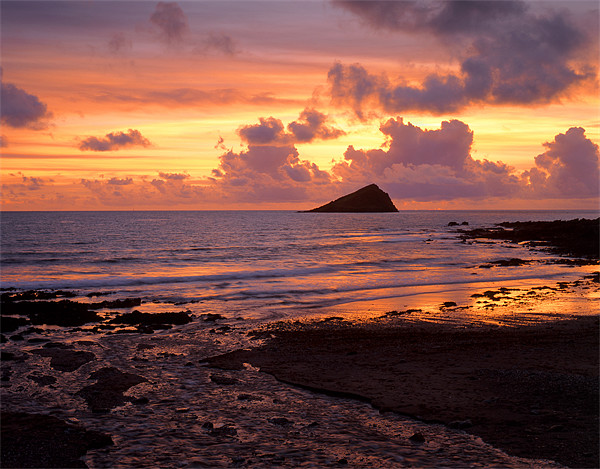 Wembury Bay Sunset Canvas print by Darren  Galpin