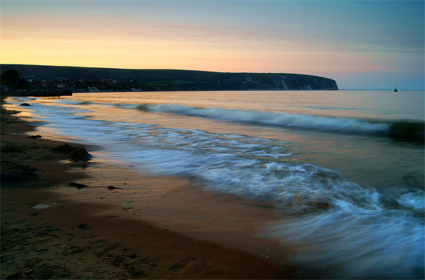 Sunset over Swanage Bay, Dorset Canvas print by Darren  Galpin