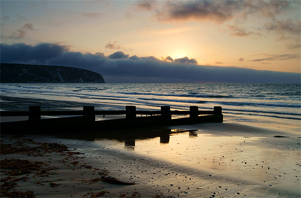 Sunrise over Swanage Bay, Dorset Canvas print by Darren  Galpin