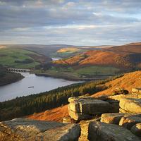 Buy canvas prints of Ladybower from Bamford Edge  by Darren Galpin