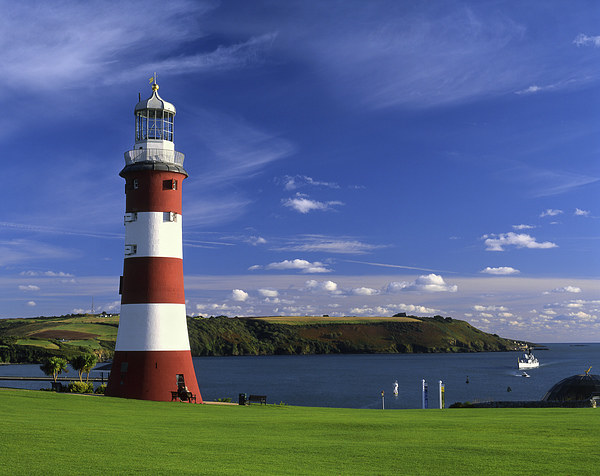 Smeatons Tower on Plymouth Hoe Canvas print by Darren Galpin