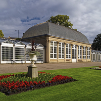Buy canvas prints of Sheffield,Botanical Gardens & The Glass Houses  by Darren Galpin